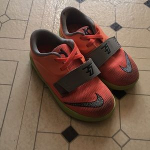 Other - Kd shoes size 9c